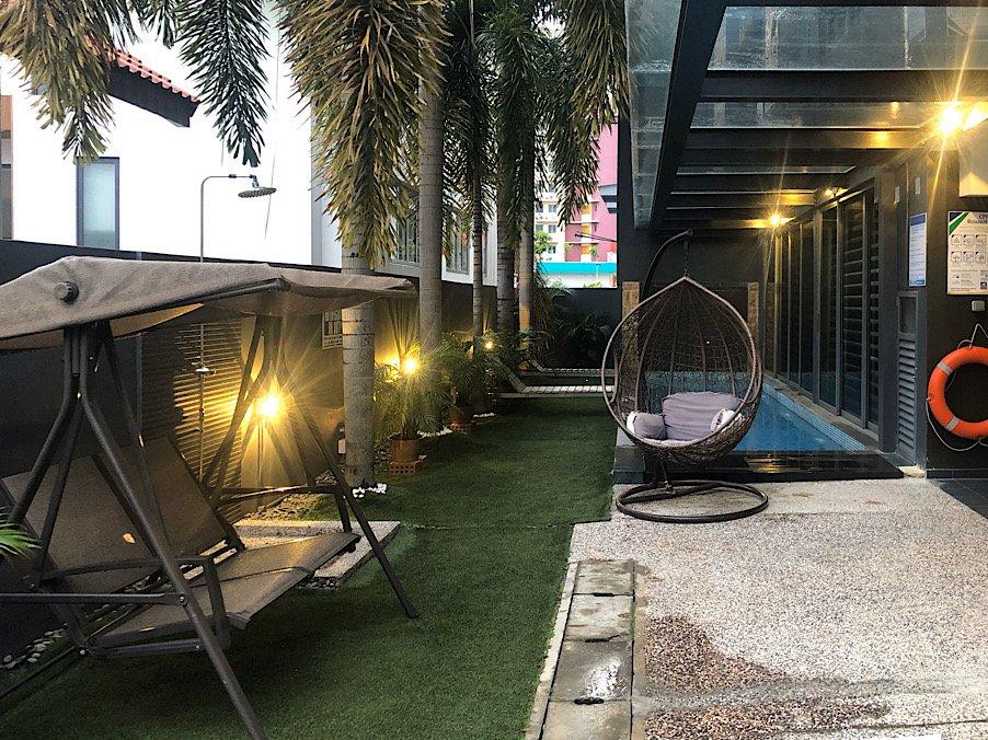 JJH-serviced-swiming-pool